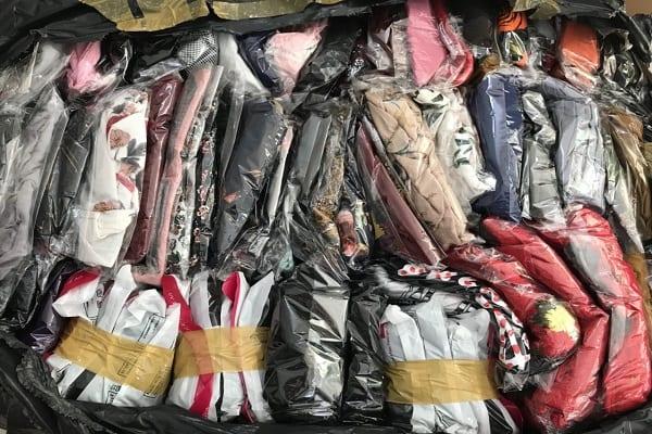 Ship hàng quần áo sang nước ngoài
