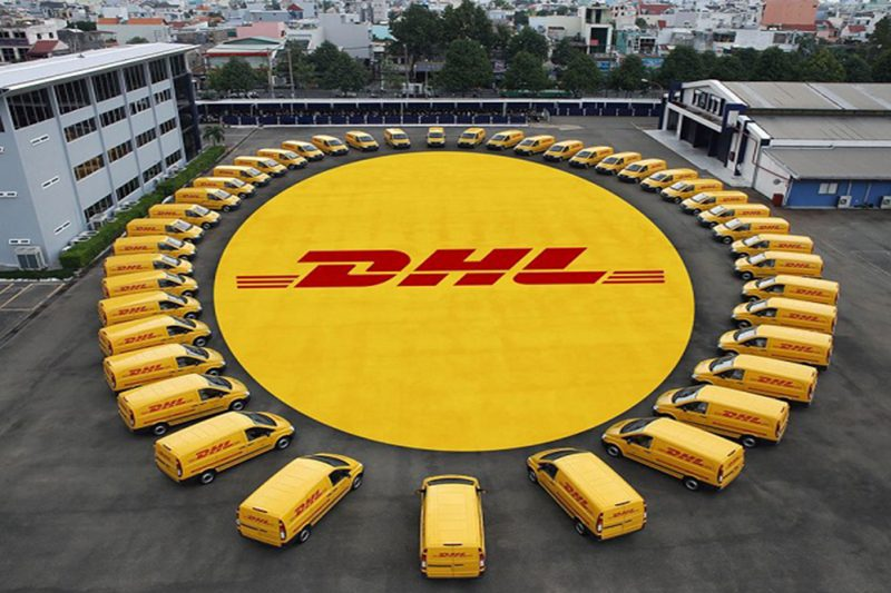 Helen Express nhận gửi hàng đi Mỹ DHL giá rẻ với đội ngũ vận chuyển hàng chuyên nghiệp